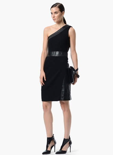 NetWork Tek Omuzu Açık %100 Deri Elbise Siyah